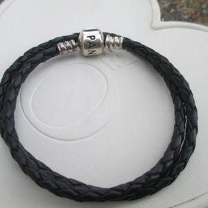Pandora leather double bracelet black or necklace